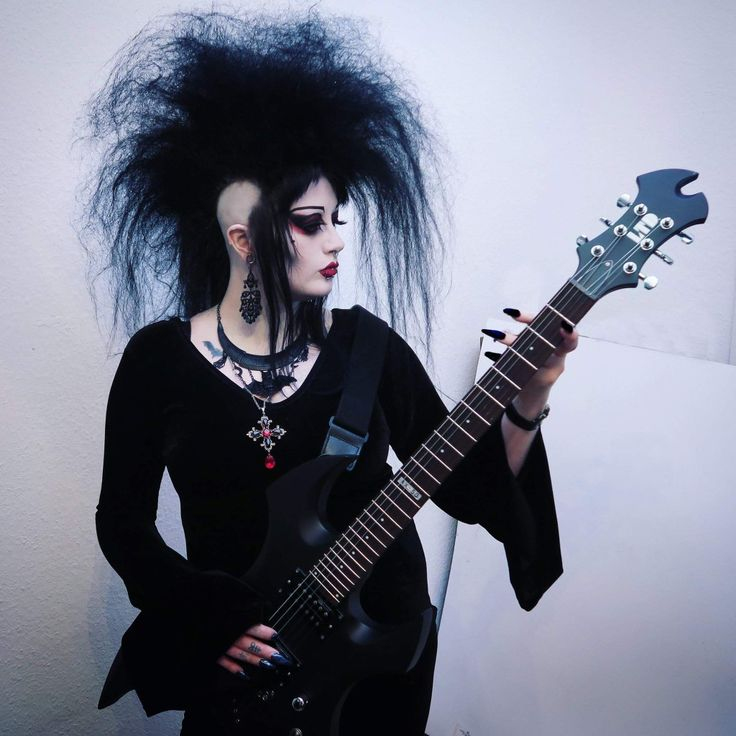 ✝ Death Rock Girl ✝