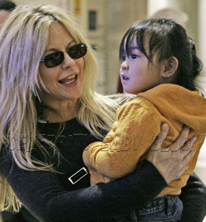 Meg Ryan's children photo gallery | Meg Ryan Says Daughter's Sweetness is Delicious – Moms & Babies ...