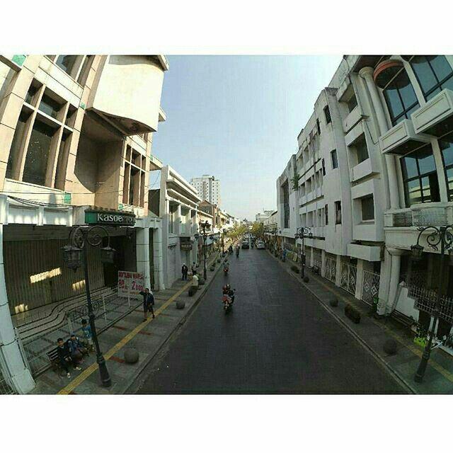 Where the street have no name - U2 #yicambandung #bandung #bandungjuara #jalanBraga