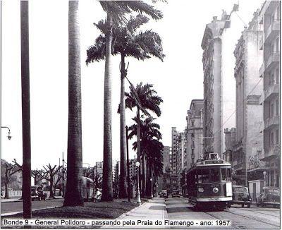 PRAIA DO FLAMENGO EM 1957