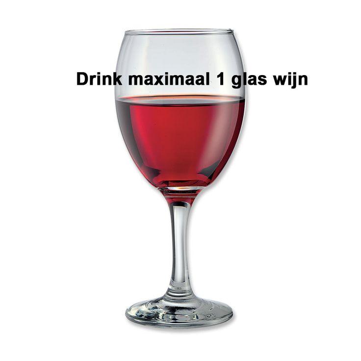 Tip 4: max. 1 wijn. Drink maximaal 1 glas wijn en ga daarna over op water. Zo vermijd je de extra calorieën die in alcoholische dranken zitten.