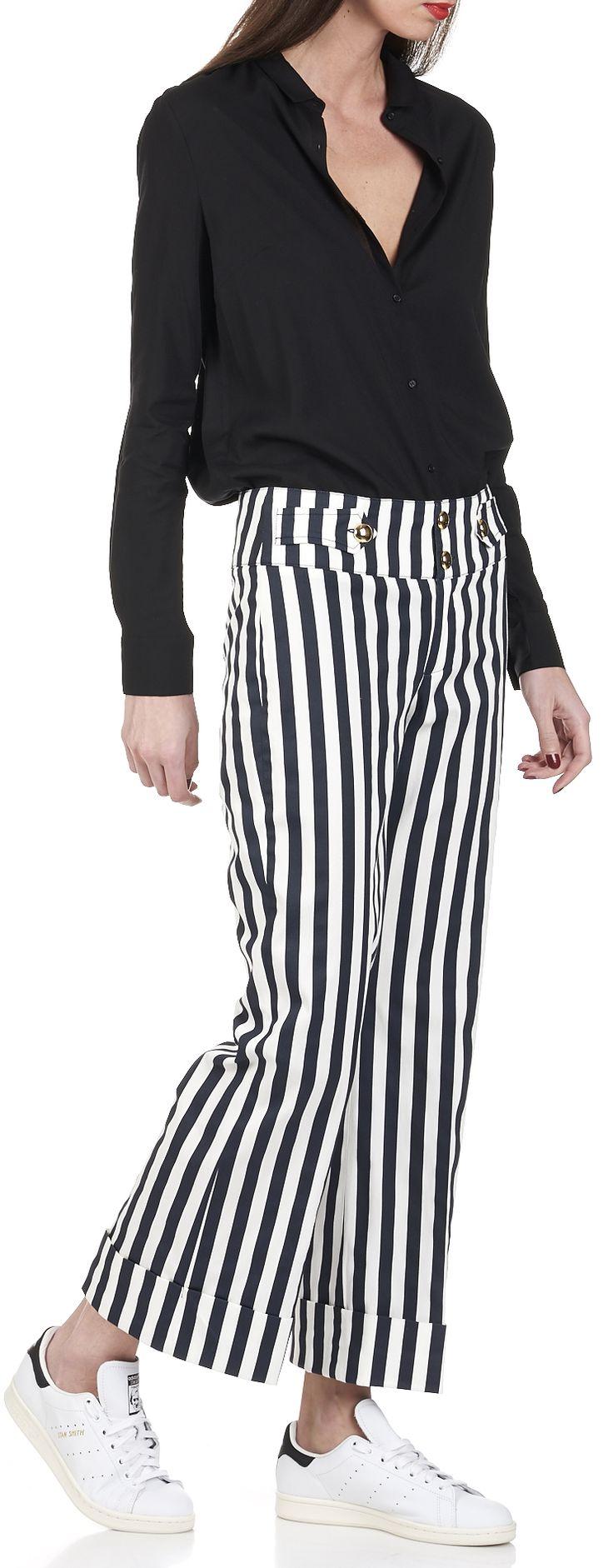 les 25 meilleures id es de la cat gorie pantalon rayures sur pinterest pantalons de soir e. Black Bedroom Furniture Sets. Home Design Ideas