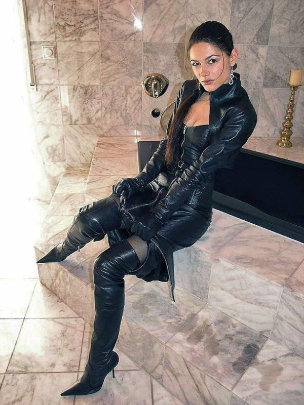 leather gloves fetish boot gallery