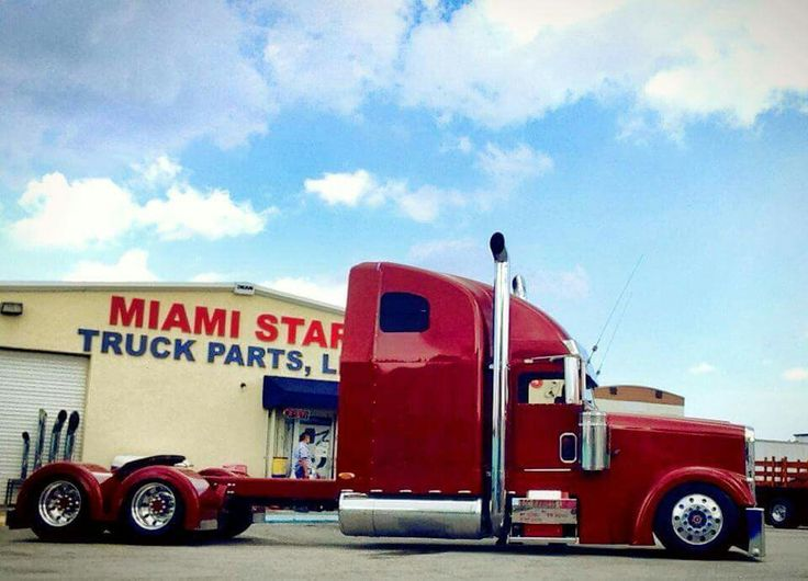 Custom Classic Custom Freightliner Classic