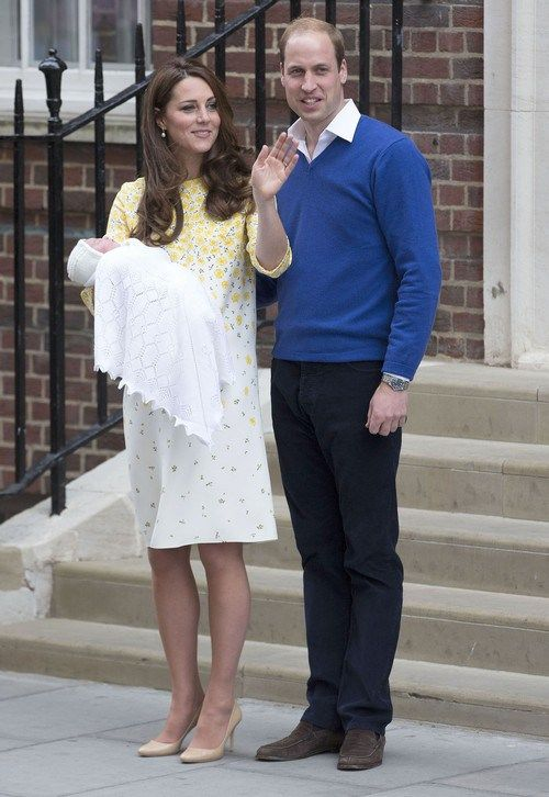 I goo'd and gaa'd at the pictures of the adorable new royal baby along with the rest of the world but god damn woman! How do you look like that in a matter ofhours after giving birth!