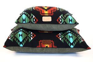 Southwestern dog bed with black fleece top and canvas bottom by Gitli ...