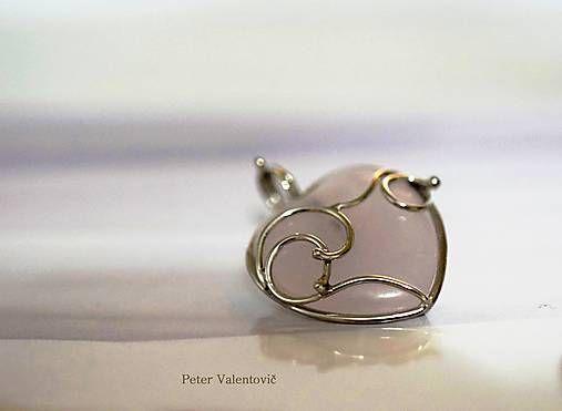 Lásočka / Rose quartz heart