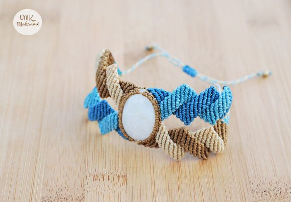 Macramé Bracelet with Rainbow Moonstone by Unikmakrame on Etsy.