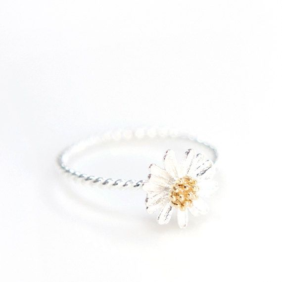 SIZE 6 (L Ring) White Daisy Flower Ring Sunflower ring by ClaraDesignStudio, $19.00