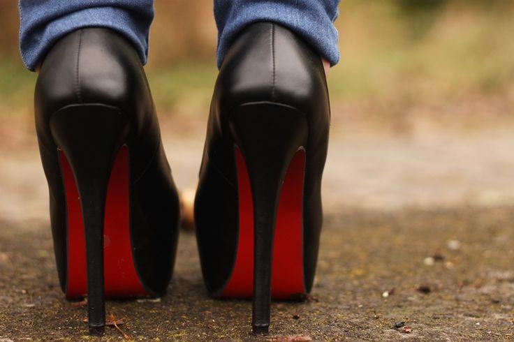 my new heels :) www.lubieczern.pl