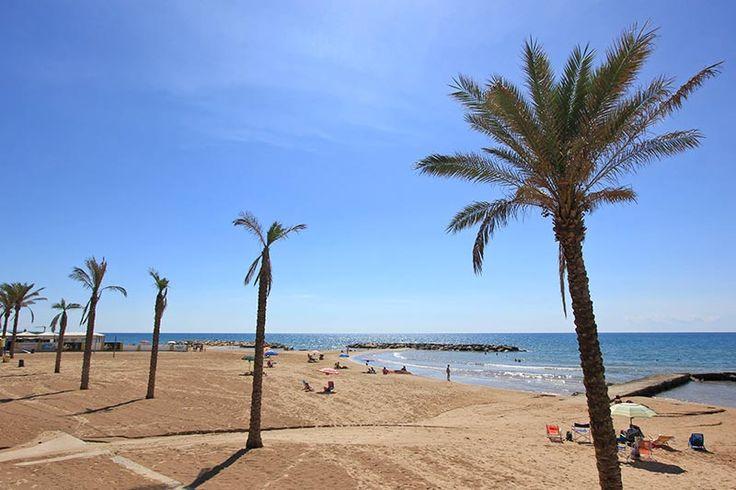 Spiaggia di Marina di Ragusa - Beach of Marina di Ragusa