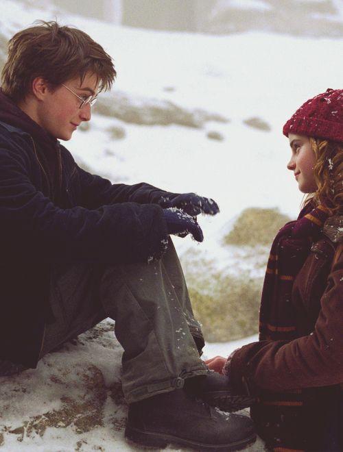 Harry e Hermione em o Prisioneiro de Azkaban (2004)  - Foi ele que entregou meus pais a Voldemort