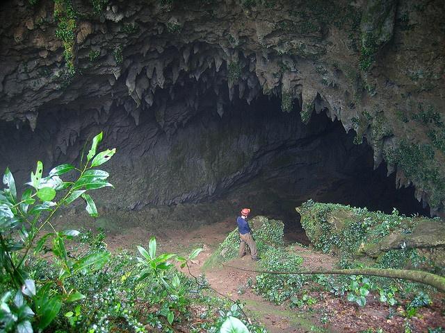 Cueva evaporada municipio de Lares Puerto Rico brandon stephens 1 by Alan Cressler, via Flickr