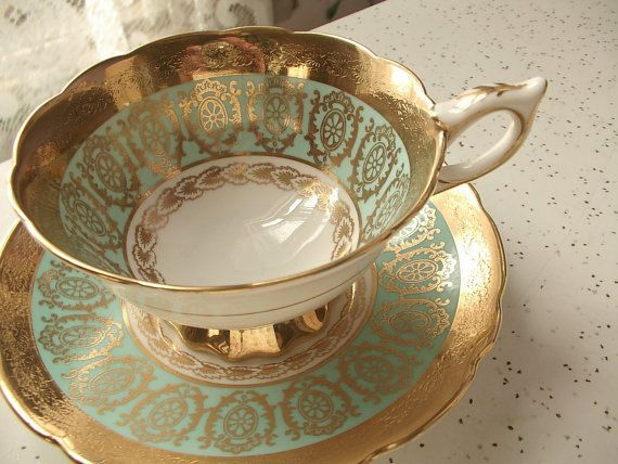 vintage English tea cup and saucer set Royal by ShoponSherman,