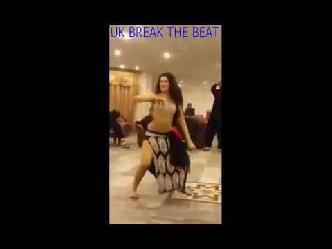 Girl is Dancing at Rich Wedding Party in Private Hall, Desi MMS Mujra