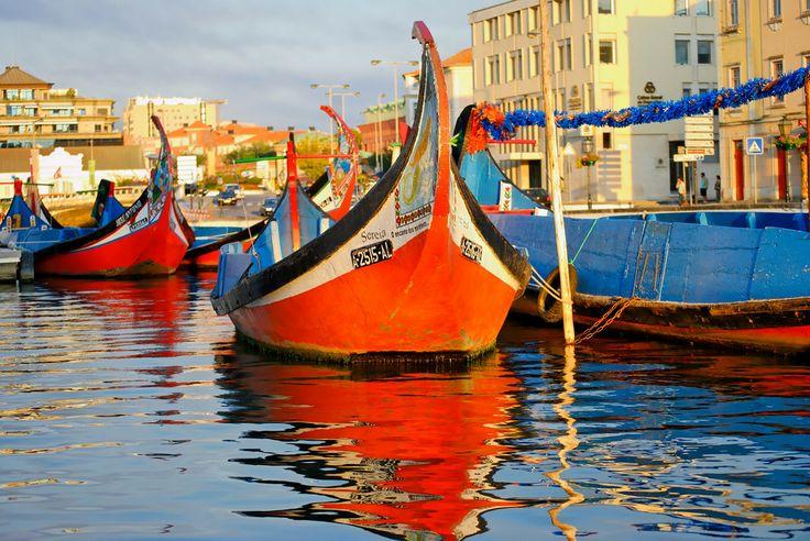O barco Moliceiro da ria de Aveiro, Centro de Portugal Region