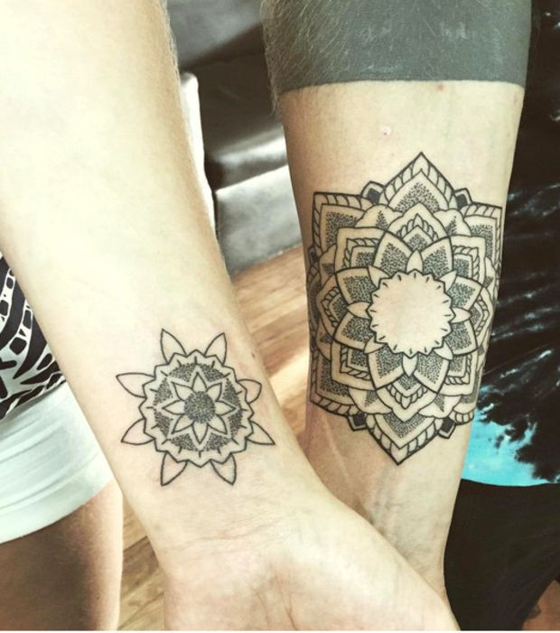 1000 ideas about tatouage compl mentaire on pinterest tattoo photo tatouages and tattoo couples. Black Bedroom Furniture Sets. Home Design Ideas