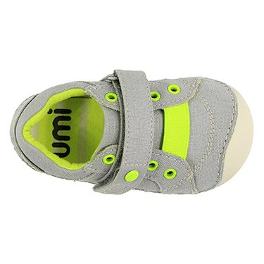 Check out the Weelie B from Umi Shoes. So cute! And perfect for growing, little feet. http://www.umishoes.com