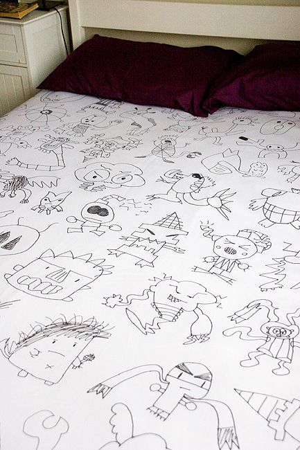 What a creative, inspiring and unique way to display your children's artwork! Love it!Ideas, Kids Drawing, Child Drawing, Duvet Covers, Children, Child Artworks, Diy, Kids Artworks, Crafts