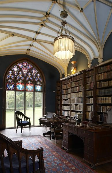 Prideaux Place, Cornwall, England: the library