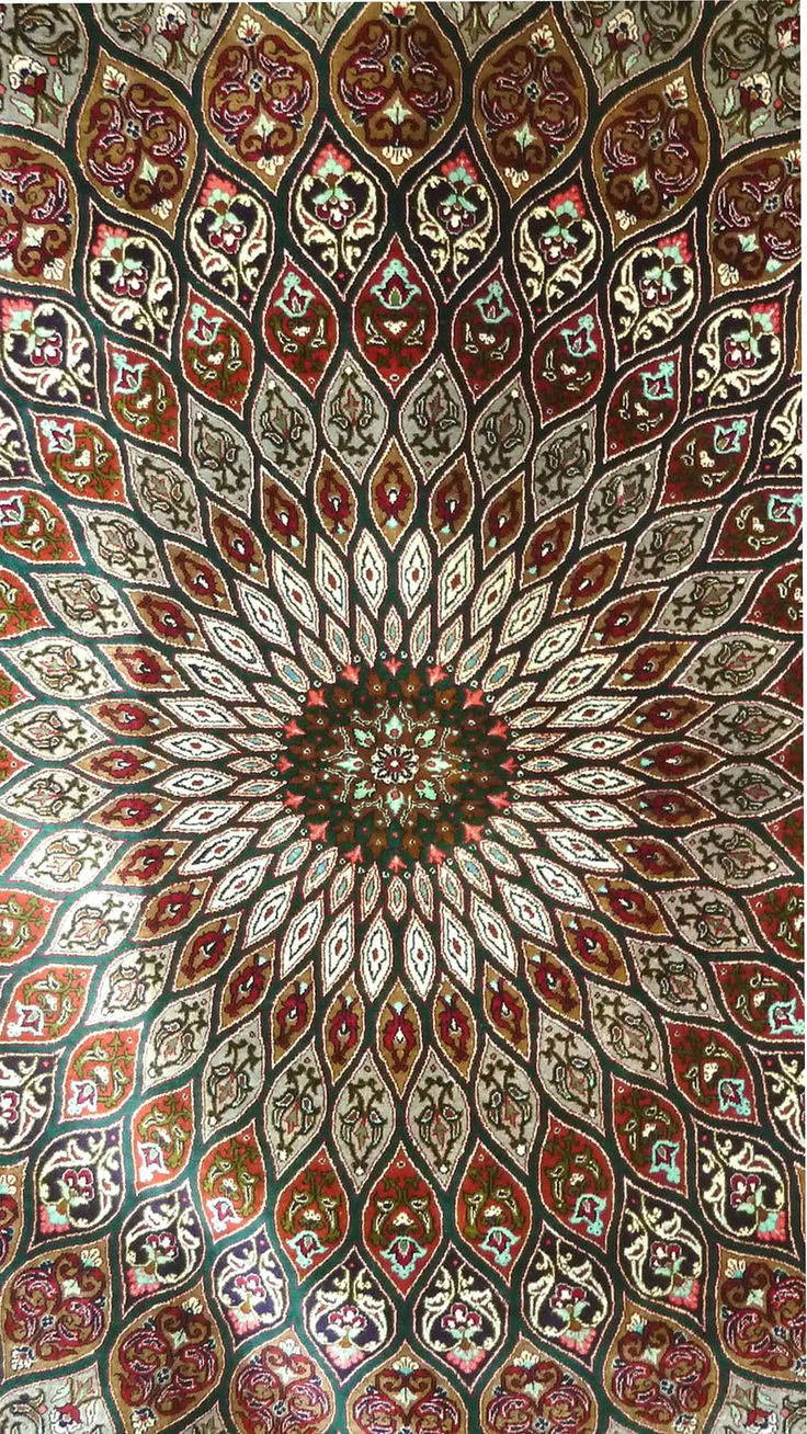 Persian Rug.     ❤️❤️❤️❤️ love this!!!!