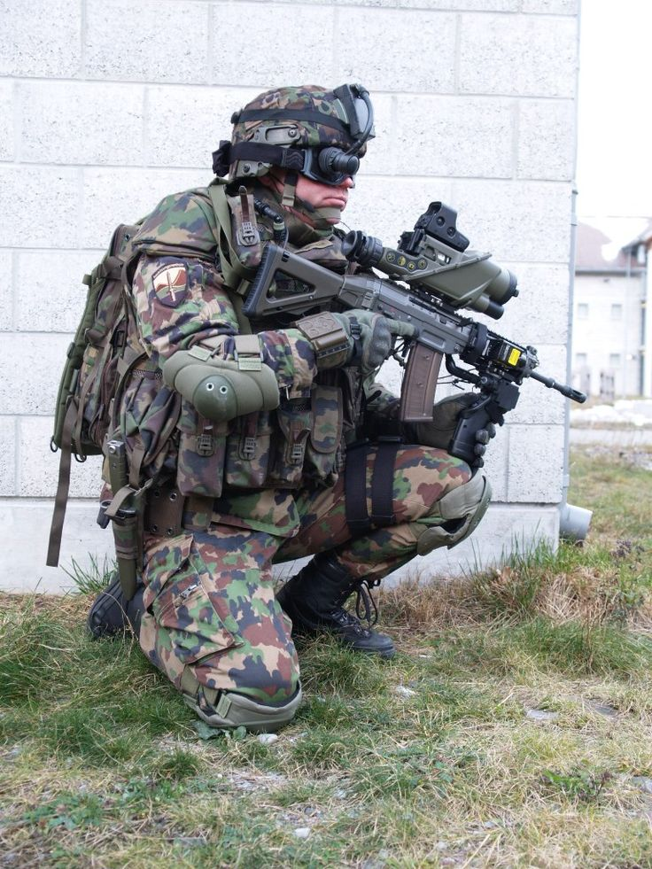 Swiss army soldier equipped with IMESS. (768x1024)