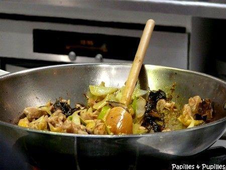 Au bonheur du Palais. La cuisine des frères Shan, est exceptionnelle. Cuisine chinoise du Sichuan gastronomique fantastique. Quelques plats des frères Shan ici, sur Papilles et Pupilles : http://www.papillesetpupilles.fr/tag/freres-shan/