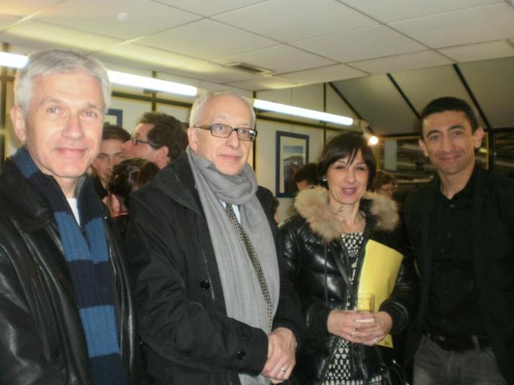 Mars 2013 : #Orange partenaire des #Dragons de #Rouen @PascaleHoms @jpportron avec Yvon Robert, maire de @lavillederouen et @kchekhemani, adjoint au sport @lavillederouen #rouencapitaledusport
