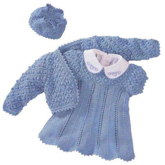 Вязаное платье для малыша