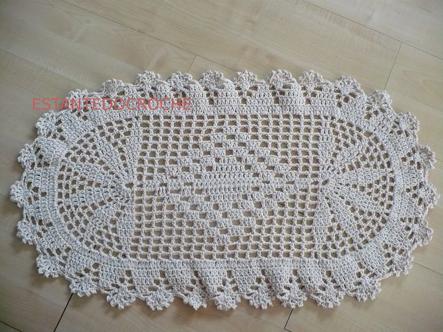 Estante do Croche: TAPETE OVAL BARBANTE em CROCHE