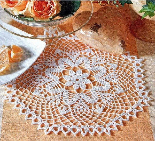 496 best images about crochet lace doilies tablecloths - Napperon crochet chemin de table ...
