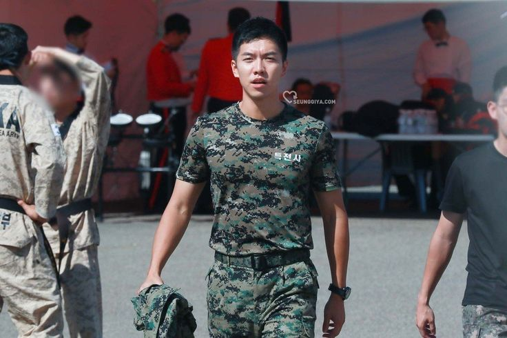 Lee Seung Gi returns from the military safe and sound