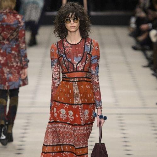 Nostalgia dei figli dei fiori? Stampe floreali e maxi dress vi aspettano! La nuova tendenza fashion  #moda #stile
