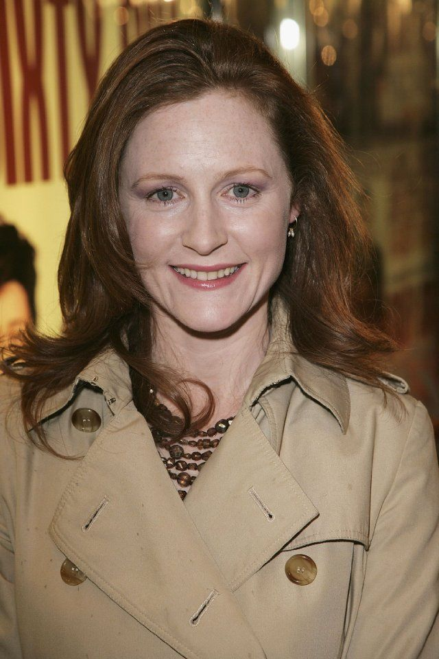 Geraldine Somerville--Rebecca Bishop, A Discovery of Withes (All Souls Trilogy)