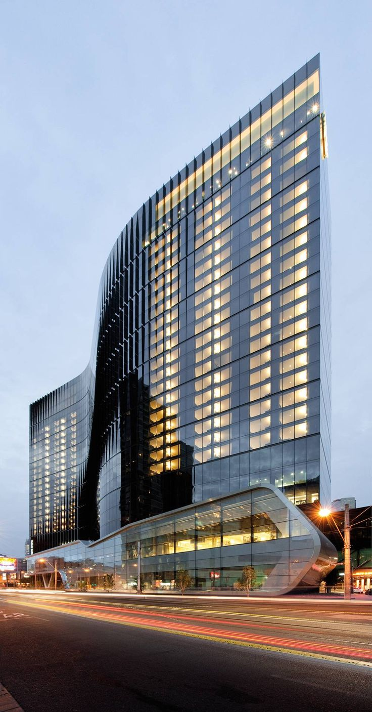 crown metropol hotel - southbank victoria - australia, Bates Smart, architects.     Wow!  Look how narrow it is. Amazing. Realistic, real building could of been done on photoshop. 3D. i like the shape on the building and the glass.