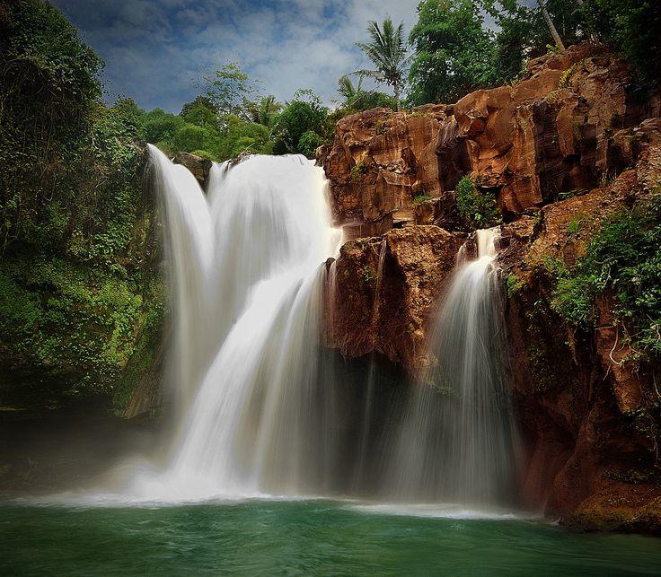 Tegenungan Waterfalls near Denpasar, Bali