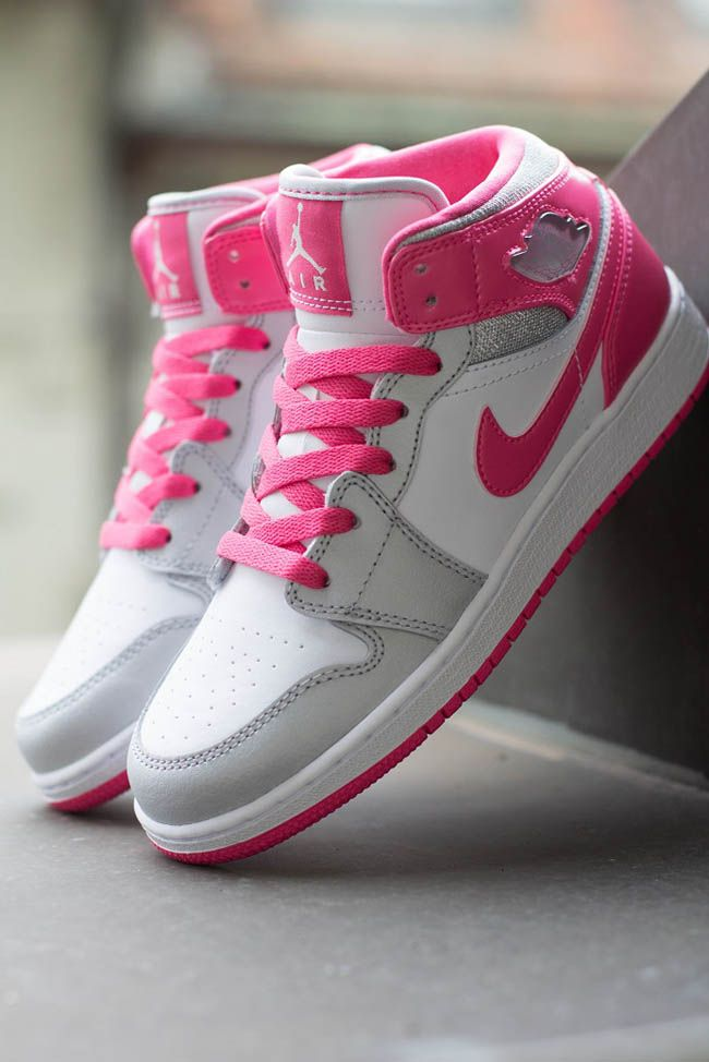 Girls Air Jordan 1 Mid GS | Metallic Platinum & Dynamic Pink