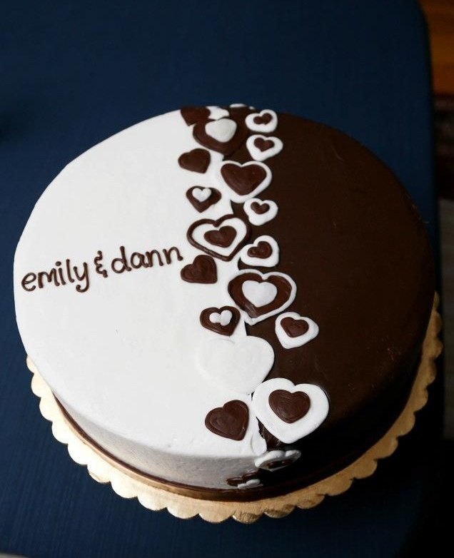 Cake Decorations For Engagement Cake : Best 25+ Engagement cakes ideas on Pinterest Engagement ...