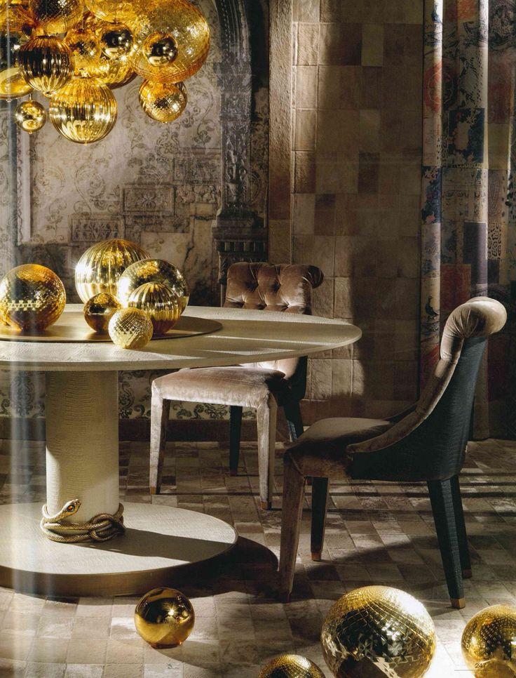 WeVUX » GRANDI NOMI PER INTERNI: ROBERTO CAVALLI HOME – arredamento e complementi