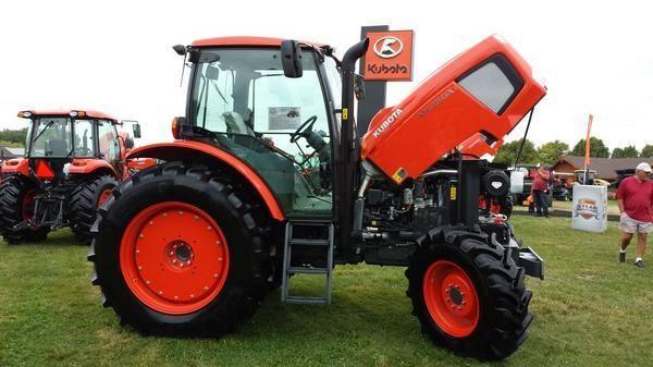 Kubota M135GX Tractor 135HP