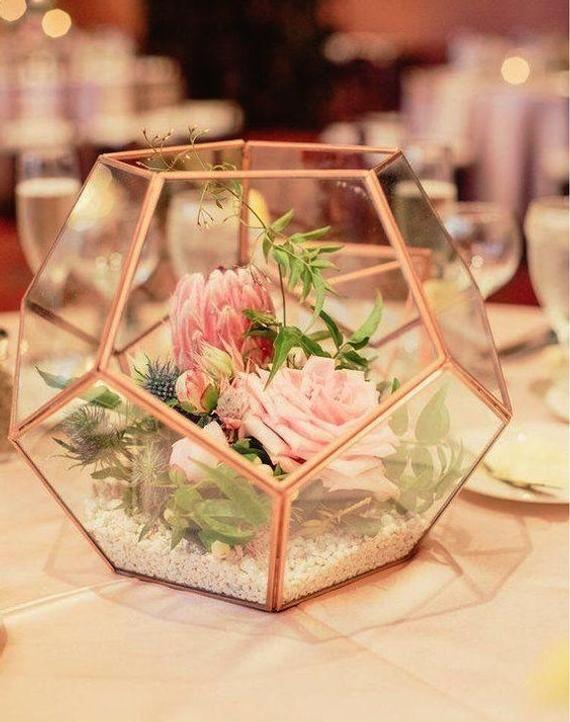 Glass Hexagon Terrarium Etsy In 2020 Terrarium Wedding Geometric Terrarium Wedding Geometric Terrarium