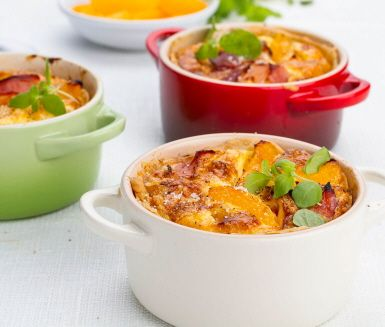 Recept: Ost- och skinkpaj med aprikoser