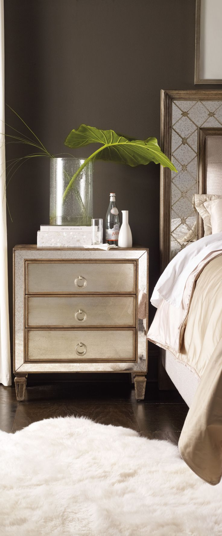 Best 20 contemporary furniture sets ideas on pinterest for Modern nightstand ideas