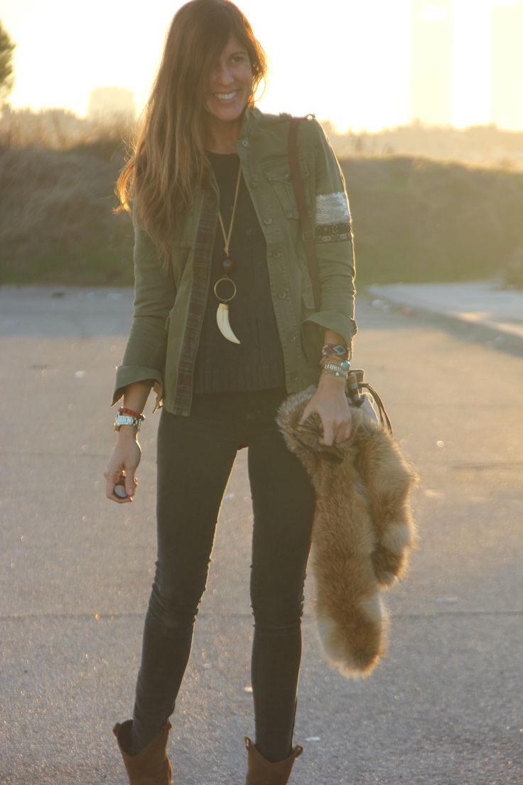 Crushing so hard on this army green jacket with embellished upper arm cuff. Perfectly put together with skinny jeans, dark sweater, horn necklace & tan ankle boots. Via the ever stylish Mytenida on stylelovely.com