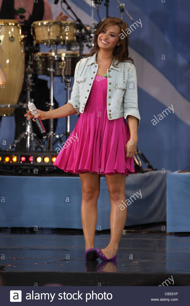 Demi Lovato on stage for Good Morning America GMA Concert Series with The Jonas Brothers, Rumsey Playfield in Central Park, New - C6531P from Alamy's library of millions of high resolution stock photos, illustrations and vectors.