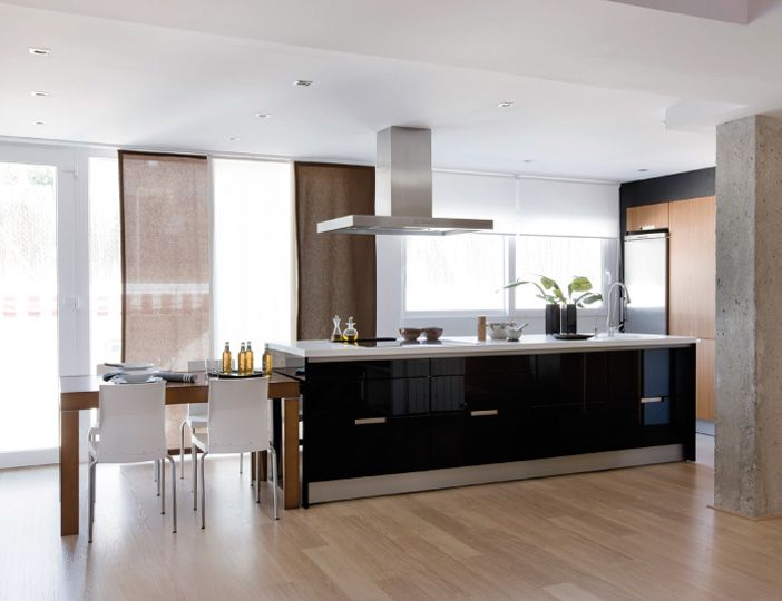SANTOS kitchen. House type: Attached house Kitchen distribution: With an island