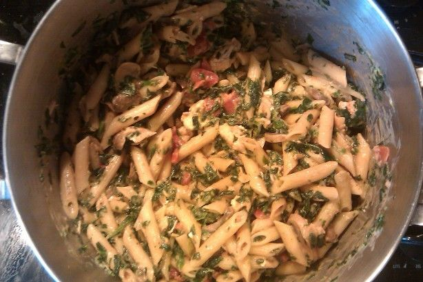 This is my homemade try at the Penne Rosa they serve at Noodles and Co.  Its not exactly the same, but it IS almost as yummy!  If you do not like spicy pastas, leave out the red pepper flakes or add more if you like a little kick!