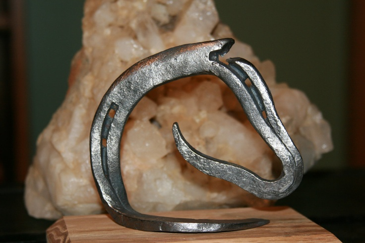 Horseshoe Art | Coal Forged Horseshoe Art by adamsonpenandink on Etsy