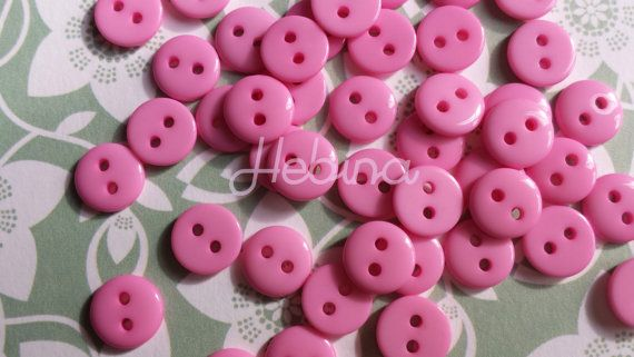 50 Bottoni in plastica rosa a due fori. Per Scrapbooking, Smash book e Card making. Abbellimenti / Embellishment buttons