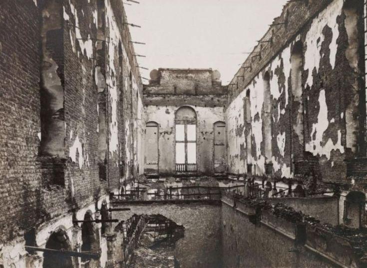 La bibliothèque de l'Université de Louvain après l'incendie de 1914